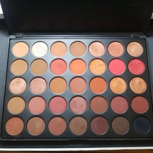 Morphe 3502 Second Nature eyeshadow palette